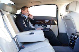 Executive-Chauffeur-Driven-Travel