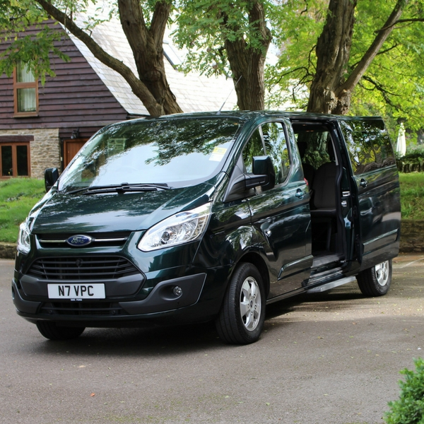 airport transfers oxford to London heathrow 8