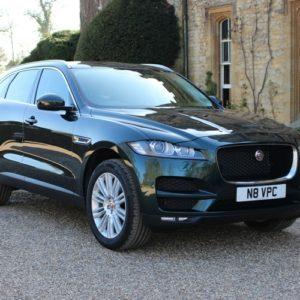Chauffeur Car Oxford Jaguar F-PACE Vale Pretige Chauffeurs