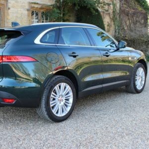 Oxfordshire Chauffeurs Oxford to Heathrow Airport Vale Prestige Chauffeurs (2)