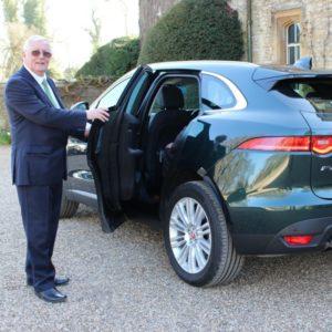 Oxfordshire Chauffeurs Oxford to Heathrow Airport Vale Prestige Chauffeurs (6)
